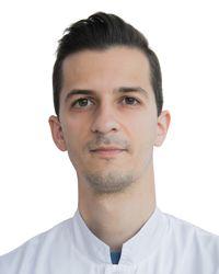 ГЕРАСИМОВ Денис, травматолог-ортопед, к.м.н., клиника ЕМС Москва
