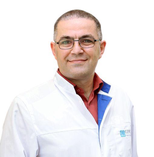 ЕРЕНКОВ Илья, Травматолог-ортопед, клиника ЕМС Москва