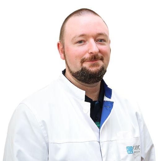 MAKOLIN Oleg, Roentgenologist , клиника ЕМС Москва