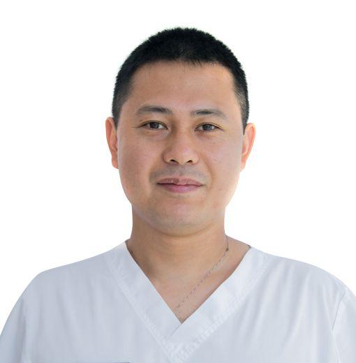 KIM Alexey, REMEDIAL GYMNASTICS AND SPORTS MEDICINE SPECIALIST, клиника ЕМС Москва