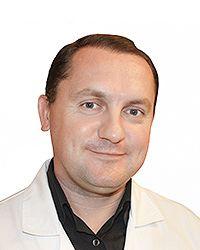 Аверьянов Дмитрий Анатольевич – сосудистый хирург, флеболог клиники сердца и сосудов ЕМС. Второе мнение в маммологии.