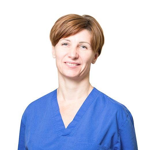 БЕЛИКОВА Анна, Операционная медицинская сестра, клиника ЕМС Москва