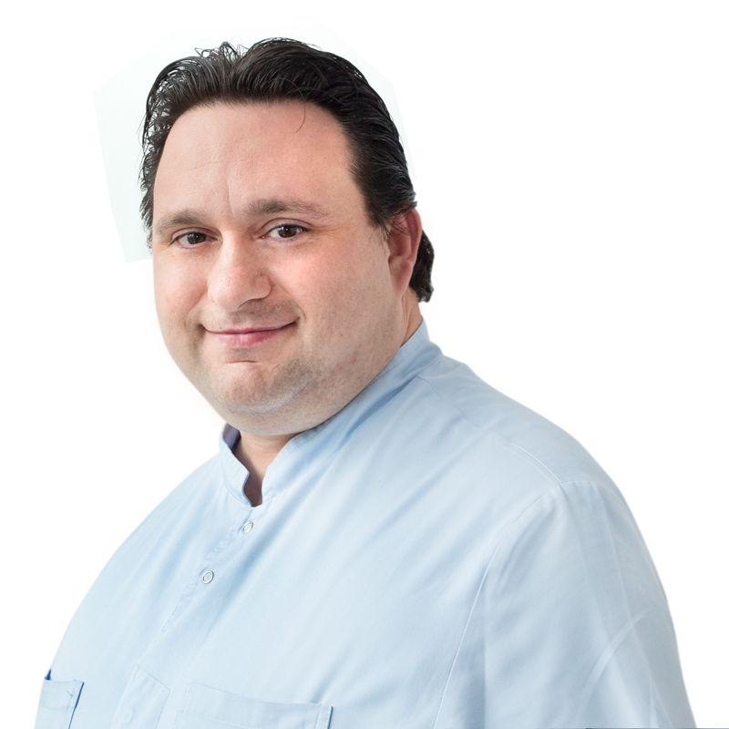 БИССОНЕ Давиде, Зубной техник, клиника ЕМС Москва