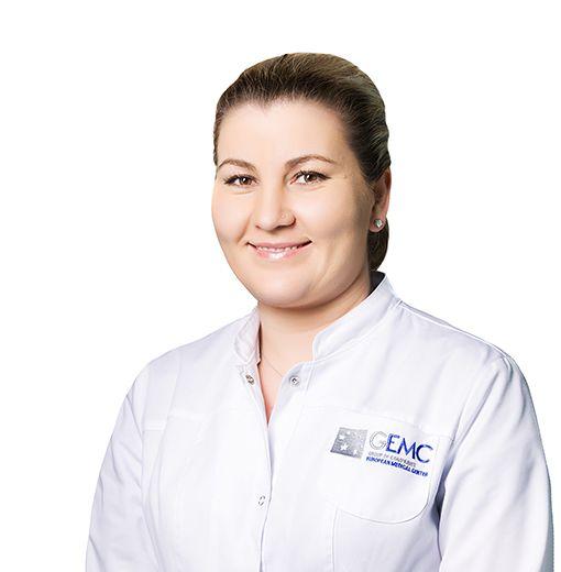 ДМИТРИЕВА Юлия, Медицинская сестра, клиника ЕМС Москва