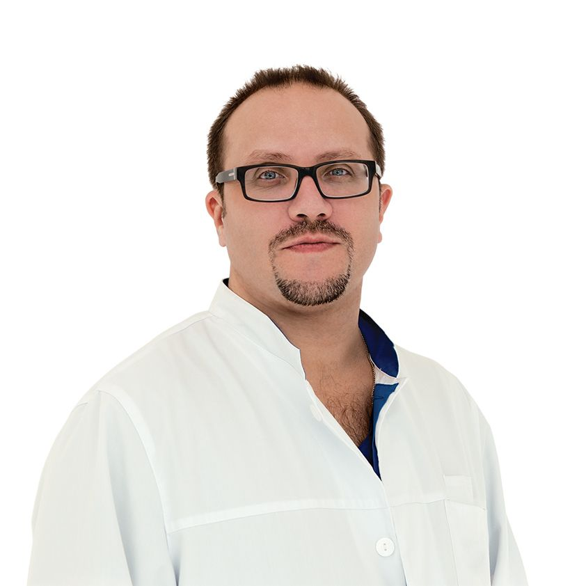 ЕРМОЛАЕВ Павел, Кардиореаниматолог, эндоваскулярный хирург , клиника ЕМС Москва