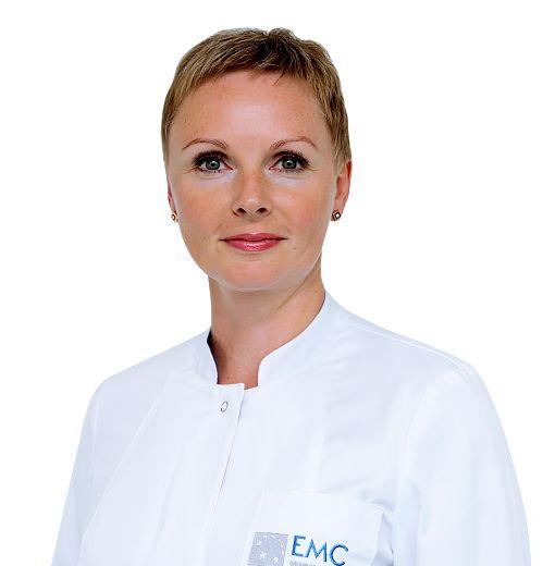 РОДИНСКАЯ Елена, Главная медицинская сестра, клиника ЕМС Москва