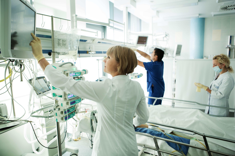 Качественный послеоперационный уход в хирургической клинике ЕМС