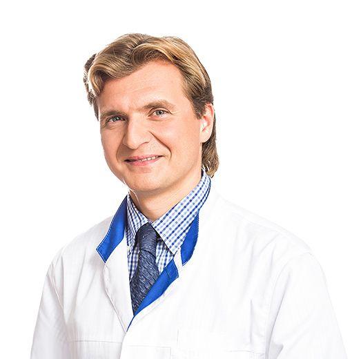ИВАНОВ Виталий, Офтальмолог, клиника ЕМС Москва