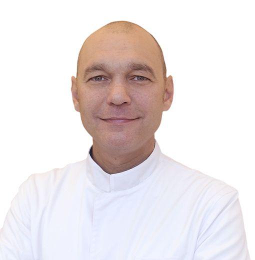 ИВАНОВ Артур, Дерматовенеролог, клиника ЕМС Москва