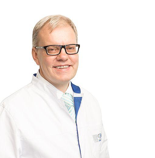 KOPOSOV Pavel, Oncologist, chemotherapist, клиника ЕМС Москва