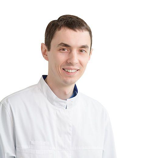 KUTSENKO Roman, Maxillofacial surgeon, клиника ЕМС Москва