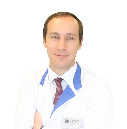 ЛАФИШЕВ Эльмурат, Колопроктолог, хирург, клиника ЕМС Москва