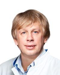 Левин Сергей – пластический хирург эстетической клиники EMC