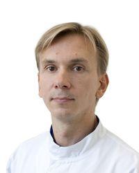 Лихач Дмитрий - врач общей практики отделения скорой и неотложной помощи ЕМС. Круглосуточная скорая помощь.