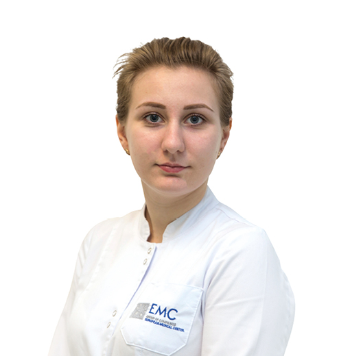 Максутова Дарья, медицинская сестра, клиника ЕМС Москва