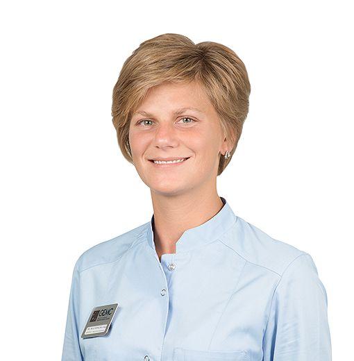 MALENKINA Olga, Prosthodontist, клиника ЕМС Москва
