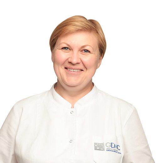 МАМЛЕНКОВА Елена, Медицинская сестра, клиника ЕМС Москва