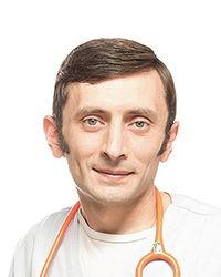 Маркарян Оганес – педиатр детской клиники EMC