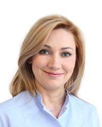 Милицкая Наталья - стоматолог-терапевт стоматологической клиники ЕМС. Герметизация фиссур.