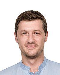 Писарев Павел Вячеславович - стоматолог-терапевт стоматологической клиники ЕМС. Лечение пульпита.