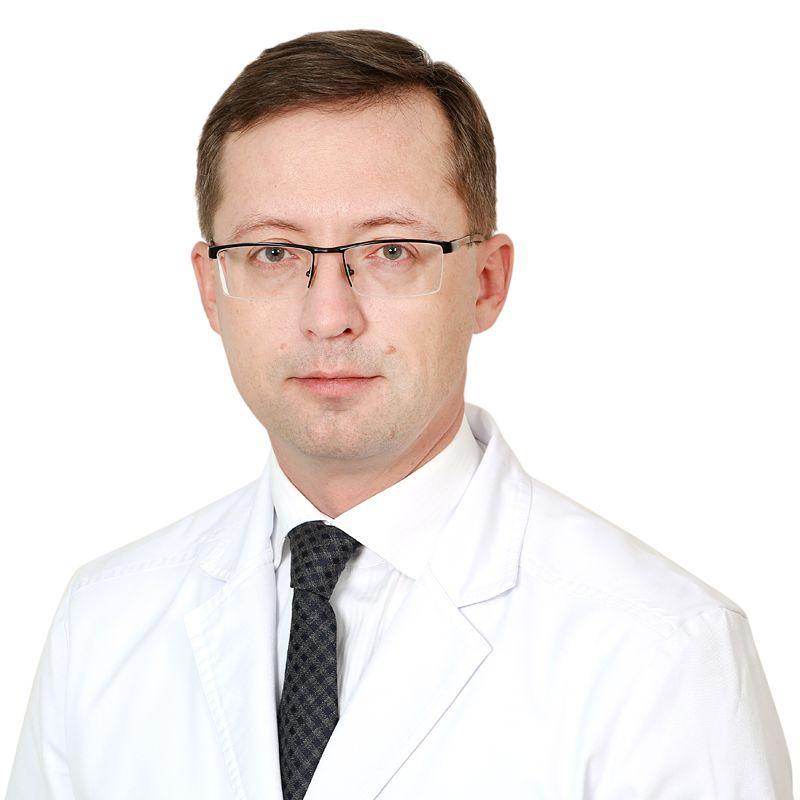 PODLUJNIY Danil, Surgeon, клиника ЕМС Москва