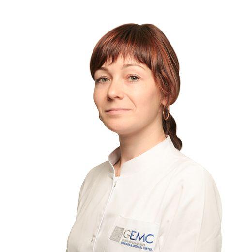 ПУСТОВАЛОВА Анна, Медицинская сестра, клиника ЕМС Москва