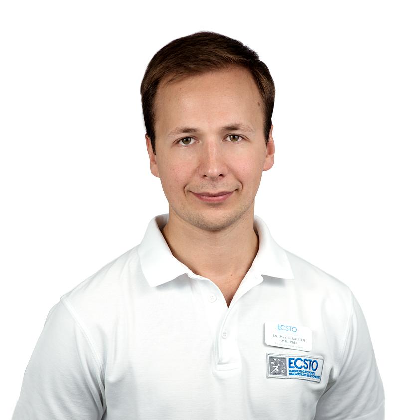 САУТИН Максим, Врач-травматолог-ортопед, специалист в области хирургии кисти и реконструктивной микрохирургии, клиника ЕМС Москва