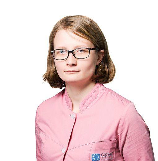СЕМЕНЮК Мария, Медицинская сестра, клиника ЕМС Москва