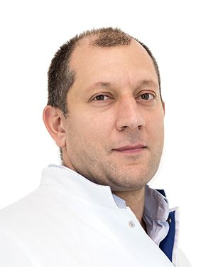ВАЛИЕВ Аслан, Нейрохирург, онколог, клиника ЕМС Москва