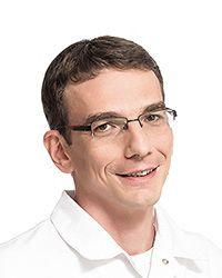 Ветков Иван Юрьевич - оториноларинголог-хирург клиники оториноларингологии, хирургии головы и шеи ЕМС. Лечение затруднения носового дыхания за одну процедуру.