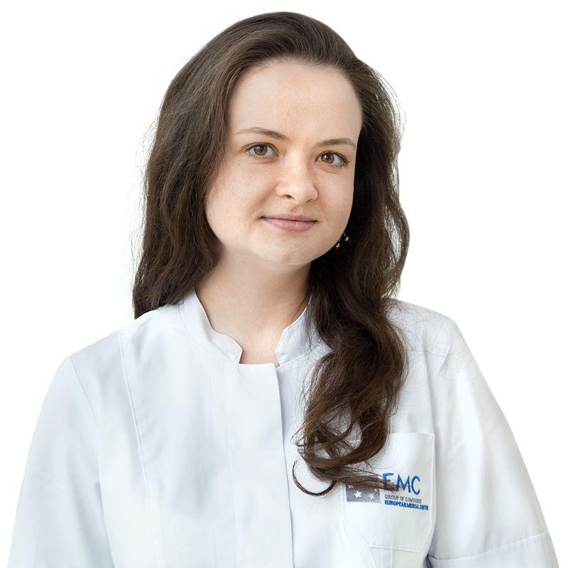 ВОЛОШЕНКО Анастасия, Медицинская сестра стоматологическая, клиника ЕМС Москва